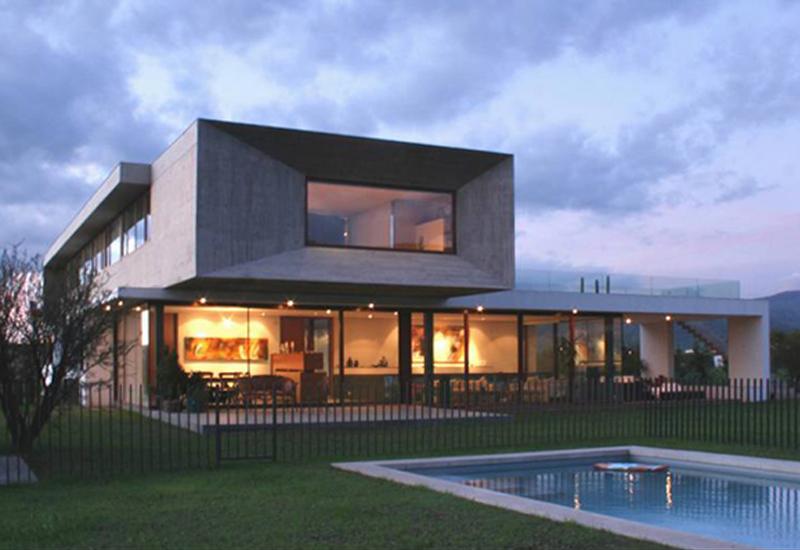Casa Urzua